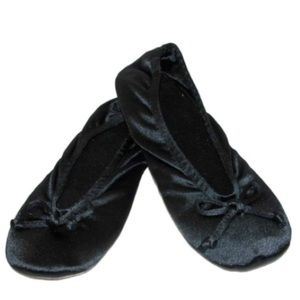 Isotoner Women's Satin Ballerina Slipper